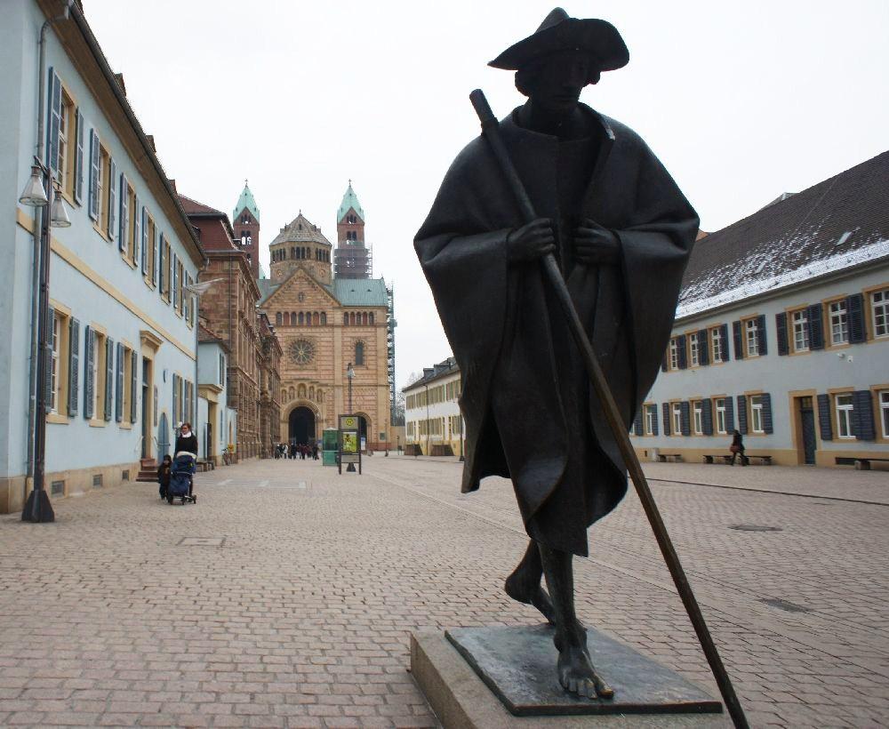 Speyer erst dienstlich und dann privat kennen gelernt. Kalt war's, aber ich komme wieder.